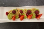 Avocat et fruits rouges